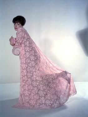 RALLY' ROUND THE FLAG, BOYS !, 1959 directed by LEO McCAREY Joan Collins (photo)