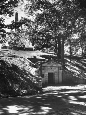 The Original Vault Behind Abraham Lincoln's Tomb by Ralph Crane