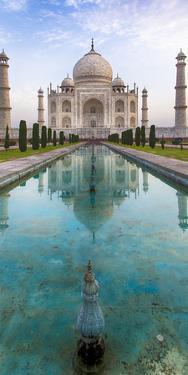 India. View of the Taj Mahal in Agra. by Ralph H. Bendjebar