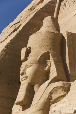 https://imgc.allpostersimages.com/img/posters/ramses-ii-sun-temple-abu-simbel-egypt-north-africa-africa_u-L-PWFT2G0.jpg?p=0
