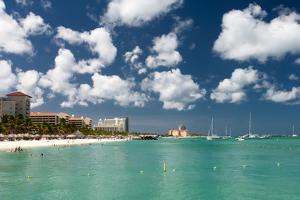 Palm Beach Aruba by raphoto
