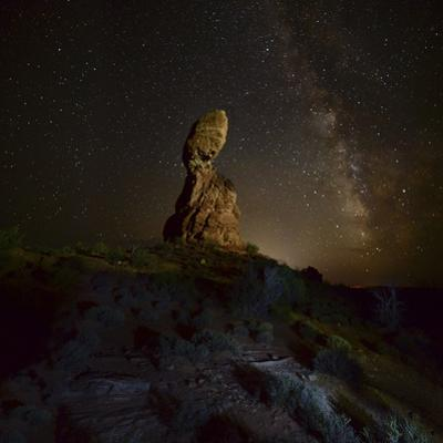 Balanced Rock with Milky Way by Raul Touzon