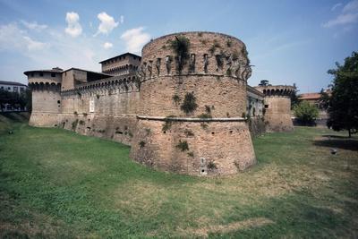 https://imgc.allpostersimages.com/img/posters/ravaldino-fortress_u-L-PPQH3X0.jpg?p=0