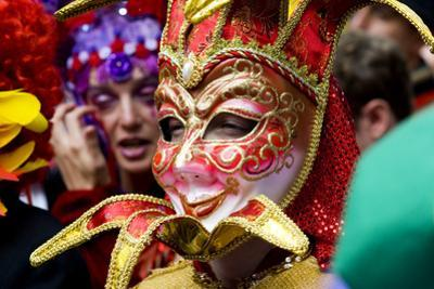 Person in Venetian Mask, New Orleans Mardi Gras. by Ray Laskowitz