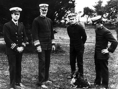 https://imgc.allpostersimages.com/img/posters/rear-admiral-william-sims-in-ireland_u-L-Q107CEQ0.jpg?artPerspective=n