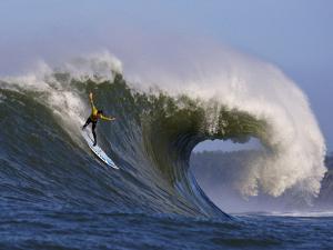 Mavericks Surf Competition 2010, Half Moon Bay, California, Usa by Rebecca Jackrel