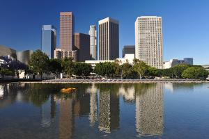 Los Angeles City Skyline by rebelml