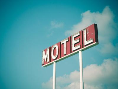 Vintage Motel IV