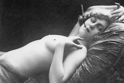 https://imgc.allpostersimages.com/img/posters/reclining-nude-smoking_u-L-Q106SLR0.jpg?artPerspective=n