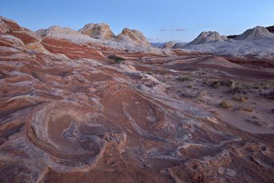 https://imgc.allpostersimages.com/img/posters/red-and-white-sandstone-swirls-at-dawn_u-L-PWFDHI0.jpg?p=0