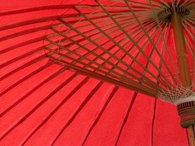 https://imgc.allpostersimages.com/img/posters/red-umbrella-chiang-mai-thailand-southeast-asia_u-L-P7X1SK0.jpg?p=0