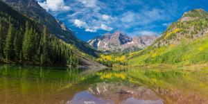 Reflection of a mountain on water, Maroon Bells, Maroon Bells-Snowmass Wilderness, White River N...