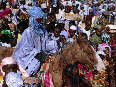 https://imgc.allpostersimages.com/img/posters/regiment-on-horseback-during-durbar-festival-of-kano-kano-nigeria_u-L-P4CEMZ0.jpg?p=0