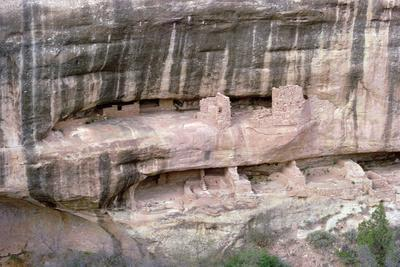 https://imgc.allpostersimages.com/img/posters/remains-of-pueblo-indian-cliff-dwellings-built-11th-14th-century_u-L-PPXFNH0.jpg?p=0