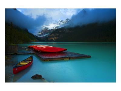 https://imgc.allpostersimages.com/img/posters/rental-boats-lake-louise-banff_u-L-F7PHK20.jpg?artPerspective=n