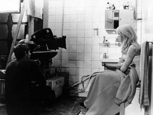 REPULSION, 1965 directed by ROMAN POLANSKI On the set, Roman Polanski and Catherine Deneuve (b/w ph