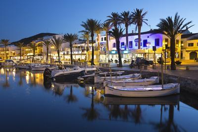 https://imgc.allpostersimages.com/img/posters/restaurants-at-night-along-the-harbour-fornells-menorca-balearic-islands-spain-mediterranean_u-L-PWFI8B0.jpg?p=0