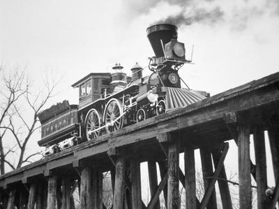 https://imgc.allpostersimages.com/img/posters/restored-american-locomotive-the-general-1962_u-L-PPEV1B0.jpg?p=0