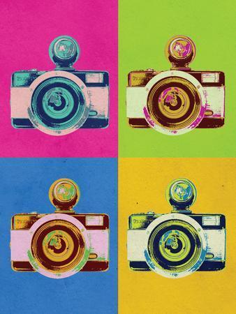 https://imgc.allpostersimages.com/img/posters/retro-camera-pop-art-poster_u-L-PXJ6XW0.jpg?p=0