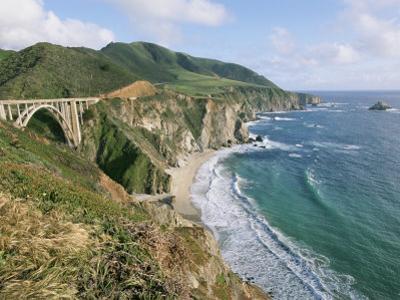 A View of Bixby Bridge on Hwy 1, Along Californias Big Sur Coast