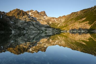 Sunrise on the Sierra Buttes Reflecting in Glassy Upper Sardine Lake
