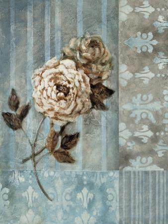 Artic Rose by Rich Wilder