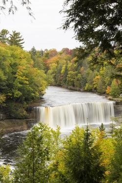 Tahquamenon Falls in Fall, Chippewa County, Mi by Richard and Susan Day