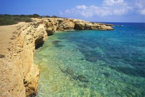 Rock Formations, Koufounissia, Cyclades, Greece by Richard Ashworth