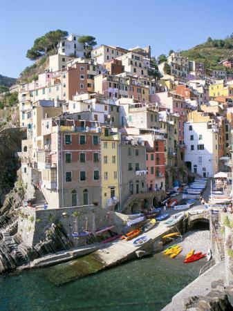 Village of Riomaggiore, Cinque Terre, Unesco World Heritage Site, Liguria, Italy