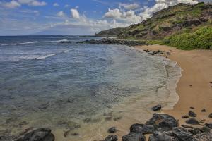 Little Beach Along East End Road to Halawa, Molokai, Hawaii by Richard Cooke III