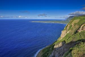 View Looking Back at Kalaupapa and Makanalua Peninsula from Naiwa Pasture, Molokai, Hawaii by Richard Cooke III