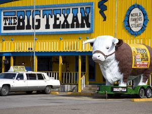 Big Texan Steak Ranch on Historic Route 66 by Richard Cummins