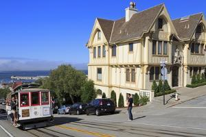 Cable Car on Hyde Street, San Francisco, California, United States of America, North America by Richard Cummins