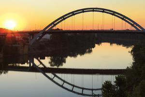 Gateway Bridge over the Cumberland River by Richard Cummins