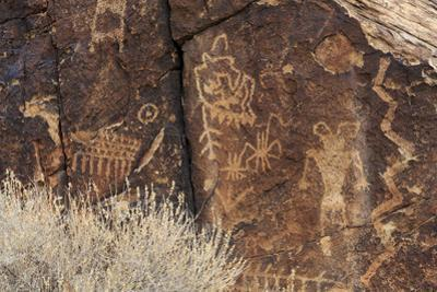 Petroglyphs, Parowan Gap, Iron County, Utah, United States of America, North America by Richard Cummins