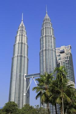Petronas Towers, Kuala Lumpur, Malaysia, Southeast Asia, Asia by Richard Cummins