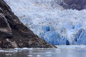 Sawyer Glacier in Tracy Arm Fjord, Alaska, United States of America, North America by Richard Cummins
