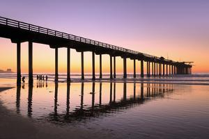 Scripps Pier, La Jolla, San Diego, California, United States of America, North America by Richard Cummins