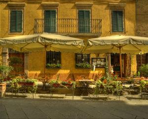 Montalcino Café by Richard Desmarais