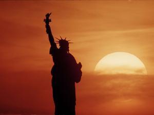 Statue of Liberty 1986 by Richard Drew