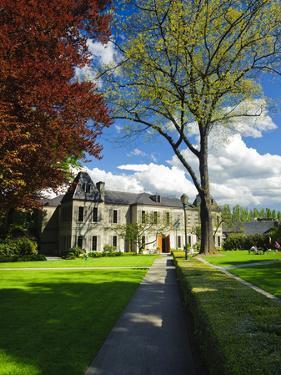 Chateau St. Michele, Woodinville, Washington, USA by Richard Duval