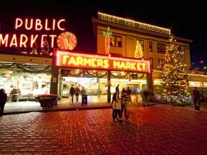 Pike Place Market, Christmas at the Pike Place Market in Seattle, Seattle, Washington, Usa by Richard Duval