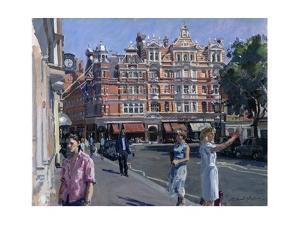 Sloane Square by Richard Foster