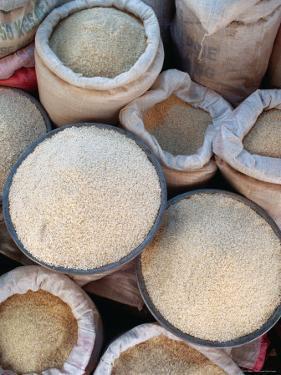 Trading Rice, Vietnam by Richard I'Anson