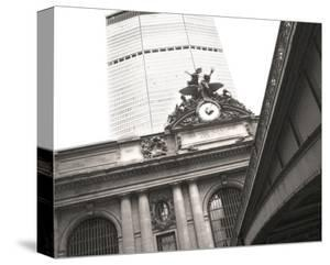 Grand Central Crossroads by Richard James