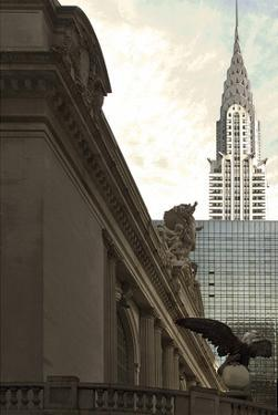 Grand Central Eagle II by Richard James