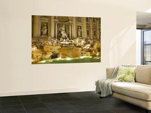 Trevi Fountain by Richard l'Anson