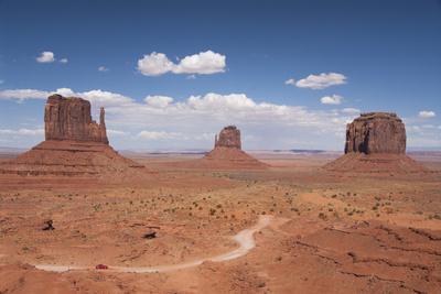 Monument Valley Navajo Tribal Park, Utah, United States of America, North America