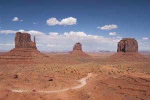 Monument Valley Navajo Tribal Park, Utah, United States of America, North America by Richard Maschmeyer
