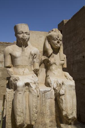 Only known Statue of King Tutankhamun on Left and Wife Queen Ankesenamun